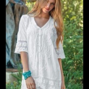 Gretty Zueger White Laced Tunic